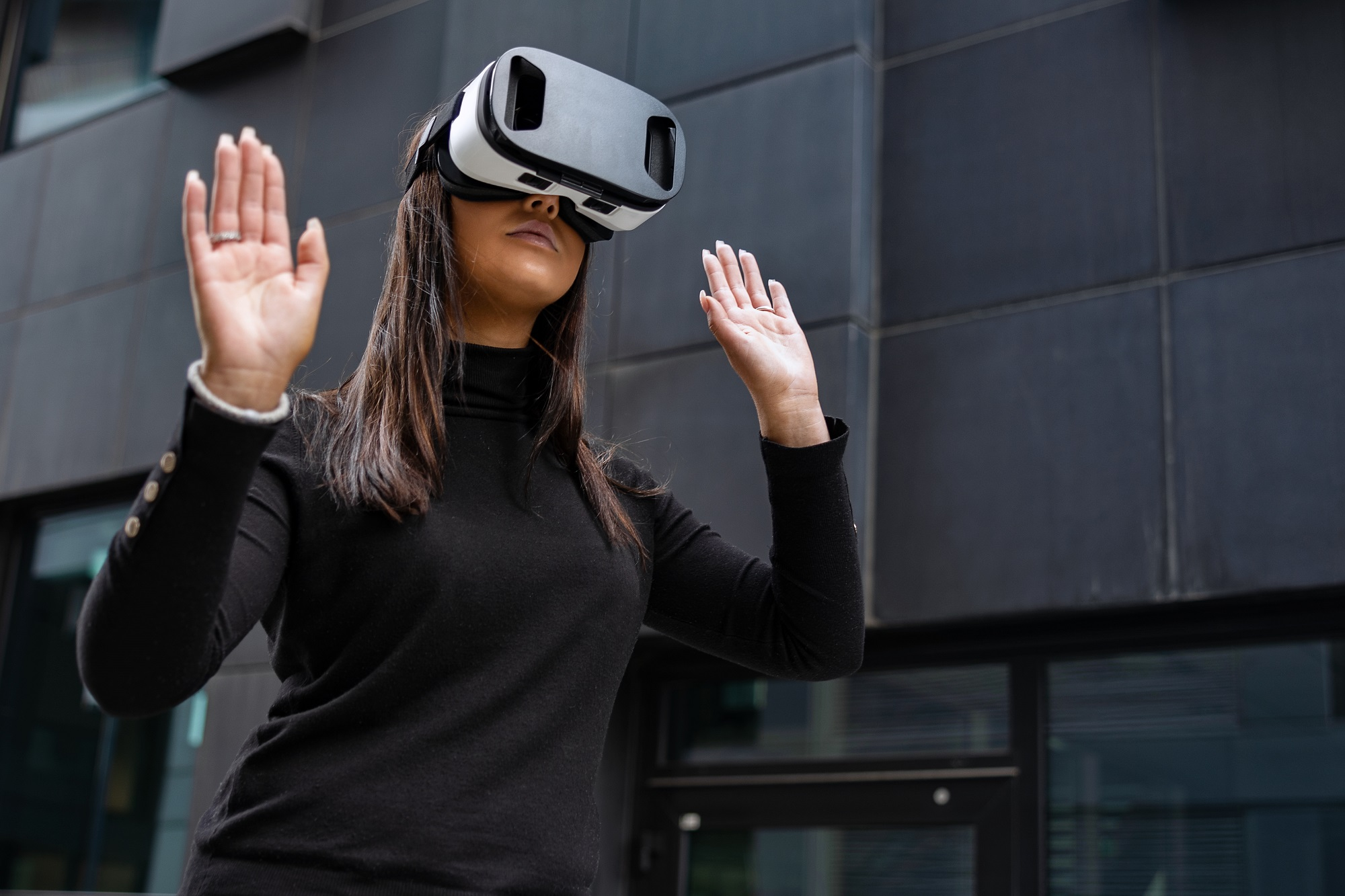 Woman wearing with virtual reality glasses