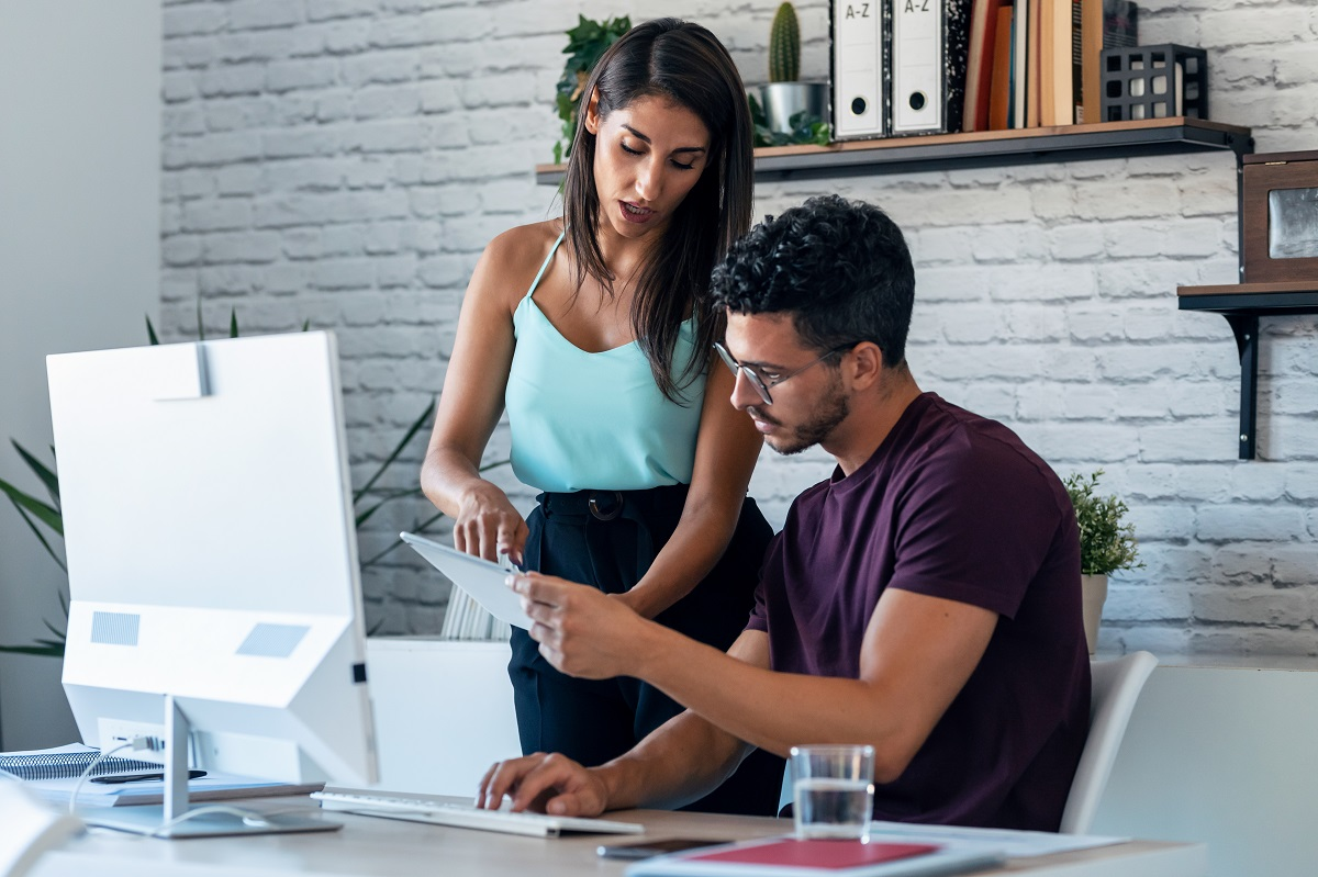 working together online business